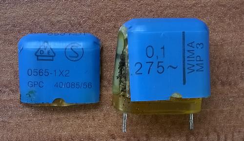 Geplatzter Entstörkondensator X2